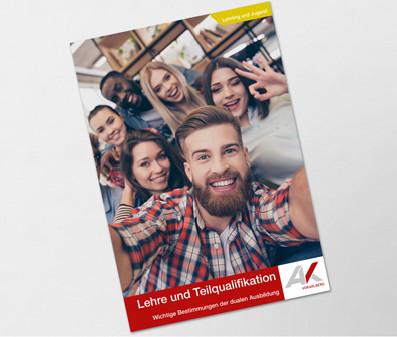 Junge Menschen machen ein Selfie © deagreez, stock.adobe.com