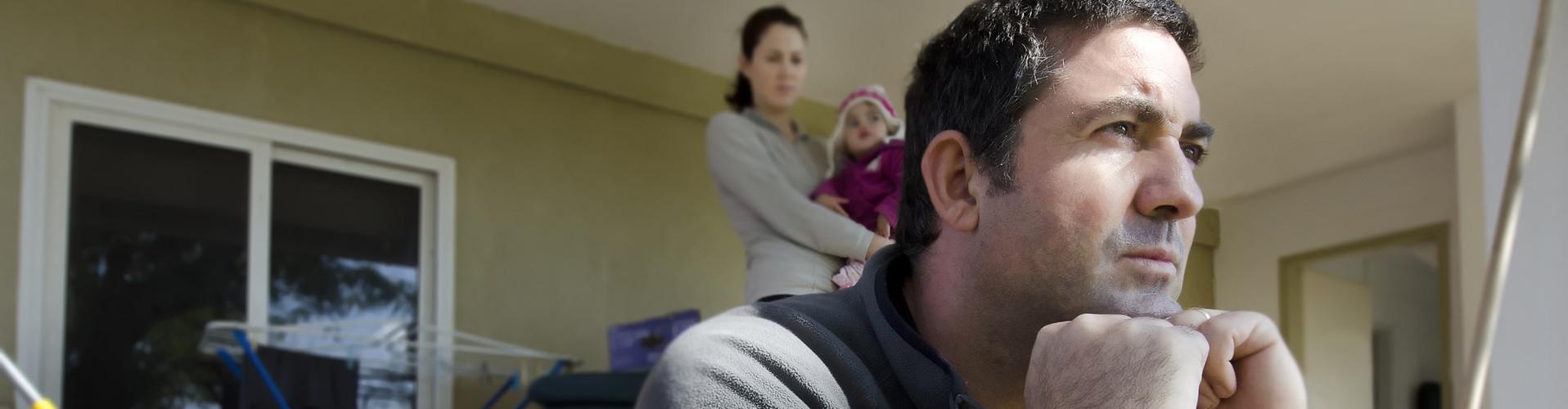 Arbeitsloser Mann macht sich Sorgen. © Rafael Ben-Ari, stock.adobe.com