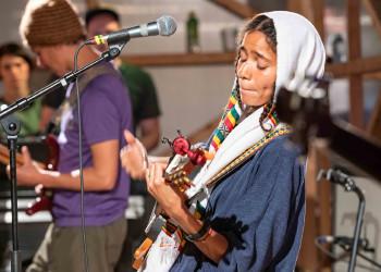 Die Nacht auf Sonntag gehörte Nneka: Die nigerianische Soul-Sängerin lebt heute in Hamburg und Lagos. © AK Vbg / Jürgen Gorbach