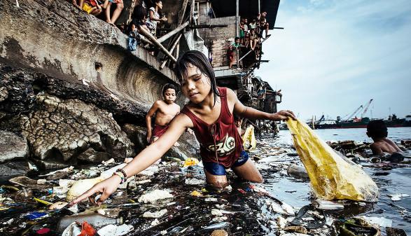 Kinderarbeit auf den Philippinen © Hartmut Schwarzbach, Argus Fotoagentur