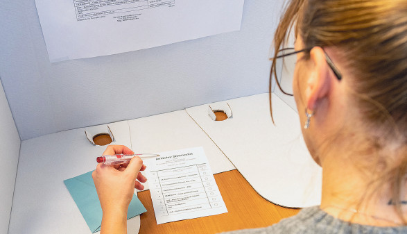 Wahlurne im Betrieb © AK Vbg