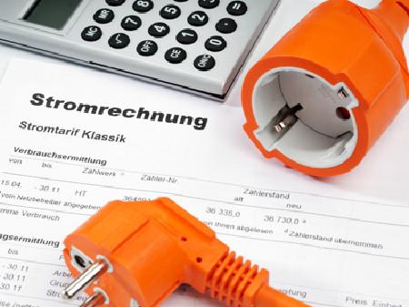 Stromrechnung - Die Strompreise für Haushalte sind zu hoch! © Eisenhans, Fotolia